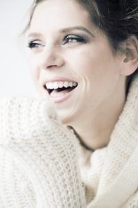 Genvind dit strålende smil med Invisalign